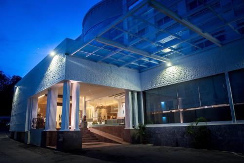 Crown Vista Hotel photo 11