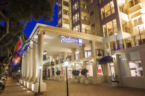 Radisson Blu Le Vendome Photo