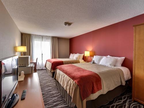 Comfort Inn Oshawa - Oshawa, ON L1J 5Y6
