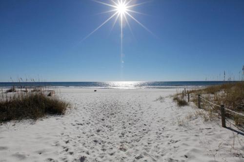 Endless Summer By Panhandle Getaways - Panama City Beach, FL 32413