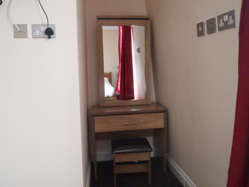 Earls Court Garden Hotel photo 42