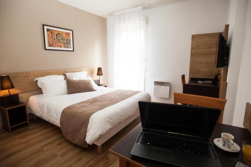Hotels vacation rentals near grange blanche metro station france trip101 - Hotel lyon grange blanche ...