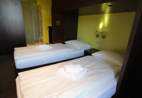 Bridge Inn Hotel photo 18