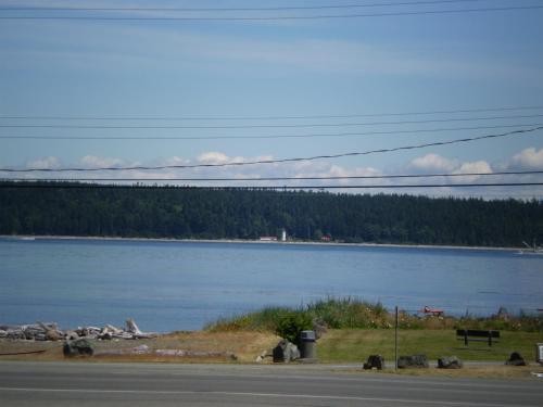 Vista Del Mar Motel - Campbell River, BC V9W 1B1