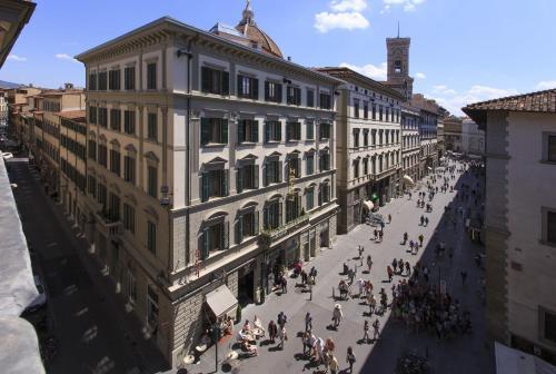 Hotel economici a firenze da 48 2 trabber hotel for Hotel milano economici