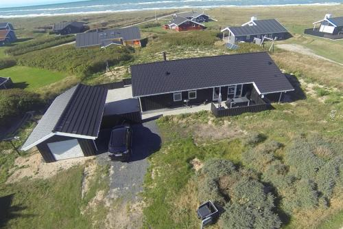 Three-Bedroom Holiday Home Julivej with a Sauna 09