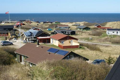 Three-Bedroom Holiday Home Sandrenden with a Sauna 04