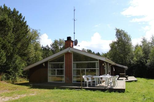 Three-Bedroom Holiday Home Remmerne with a Sauna 04