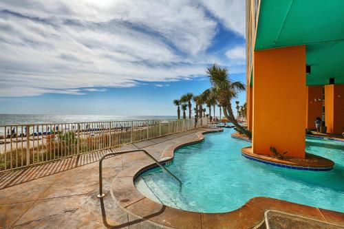 Splash Beach Resort by Panhandle Getaways Photo