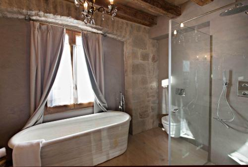 Double or Twin Room with Mountain View La Vella Farga Hotel 11