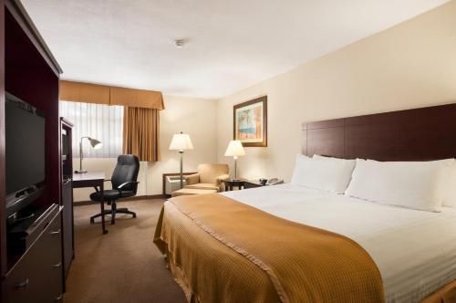 Howard Johnson Hotel Ponce Pr - Mercedita, PR 00715