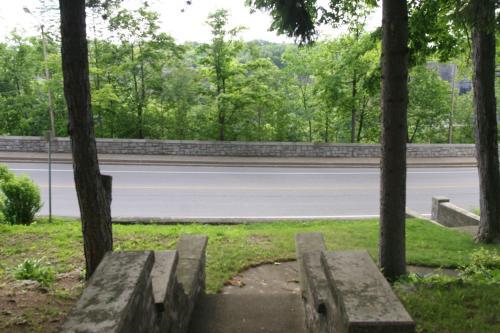 Niagara Gorgeview Inn - Niagara Falls, ON L2E 3H1