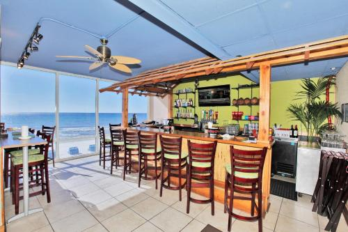 Tidewater Beach Resort by Panhandle Getaways Photo