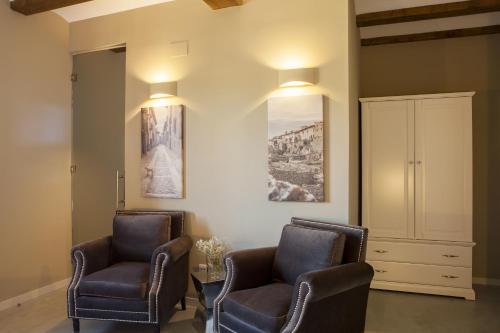 Double or Twin Room Hotel Mas De Cebrian 4