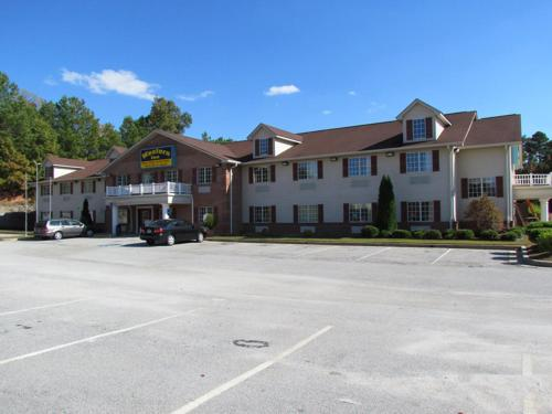 hotels vacation rentals near atlanta motor speedway