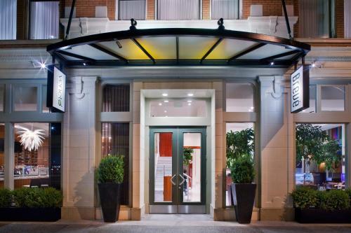 Hotel Rialto Victoria Bc