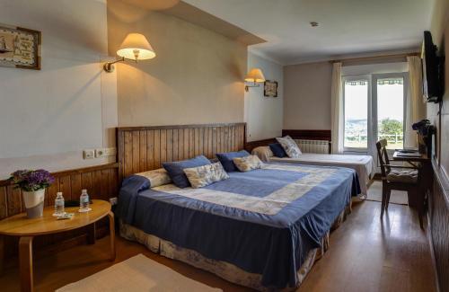 Double or Twin Room Hotel Mirador del Sella 4