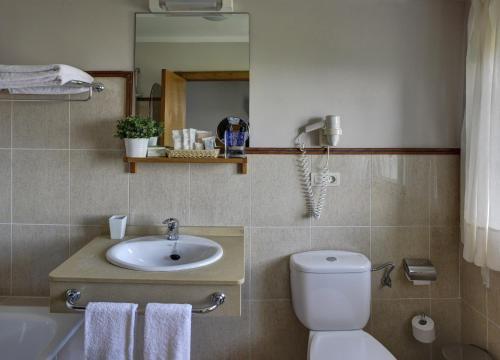Doppel- oder Zweibettzimmer Hotel Mirador del Sella 6