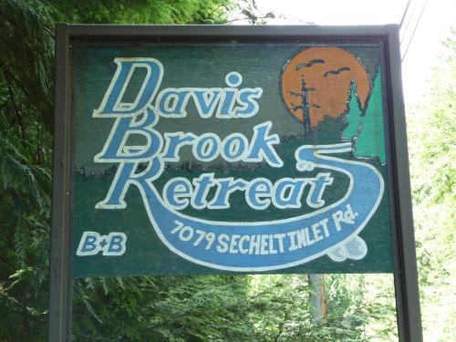 Davis Brook Retreat Photo