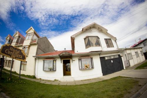 HotelHostal Cordillera