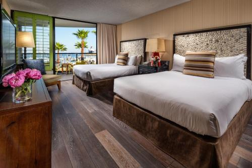 Hotel Maya A Doubletree By Hilton Long Beach