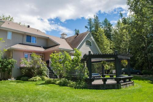 Silver Star Bed And Breakfast - Vernon, BC V1B 3M6