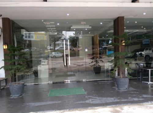 72 Hotel photo 16
