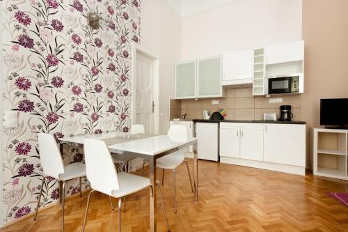 Budapestay Apartments photo 44