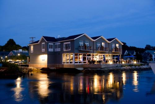 The Boathouse - Kennebunkport, ME 04046