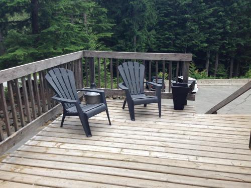 Whistler Lodge Hostel - Whistler, BC V0N 1B2