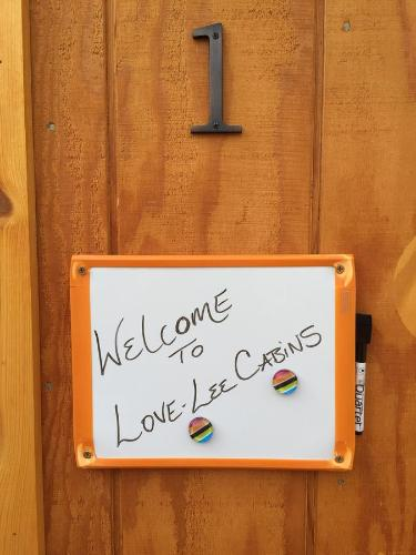 Talkeetna Love-lee Cabins - Talkeetna, AK 99676