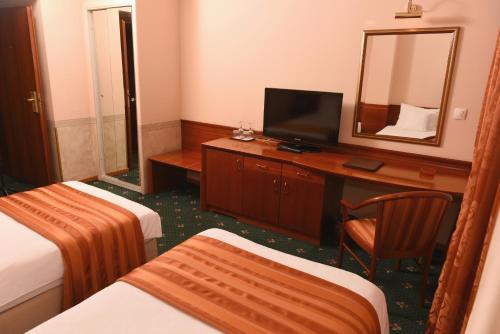 https://q-xx.bstatic.com/images/hotel/max500/501/50140357.jpg