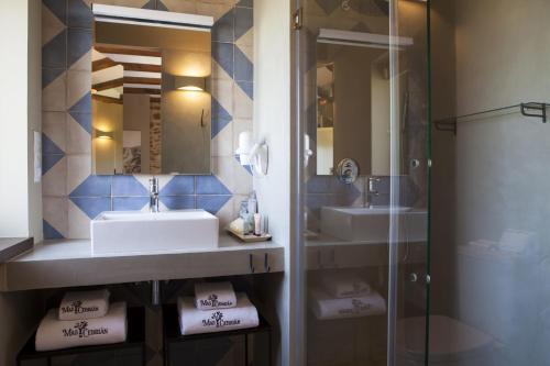 Double or Twin Room Hotel Mas De Cebrian 1