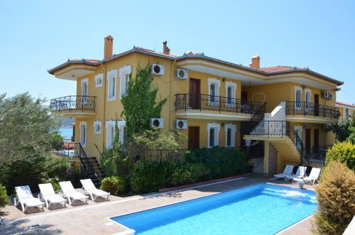 Ayvalık Uzun Apart Hotel price