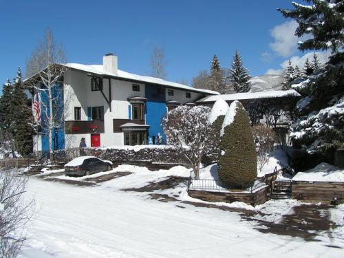 St Moritz Lodge And Condominiums - Aspen, CO 81611