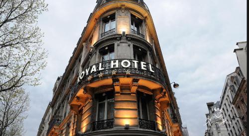 Royal Hotel Paris Champs Elysées photo 9