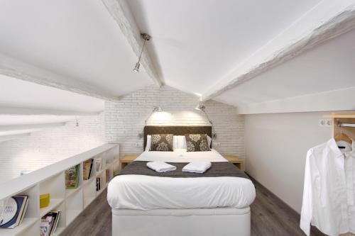 Mercedes Heritage Best Barcelona Apartments photo 13