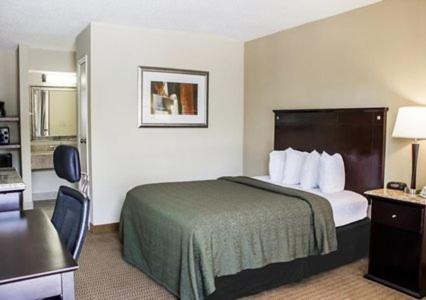Quality Inn & Suites Wilson Photo