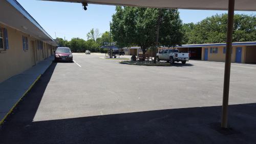 Royal Inn - Early, TX 76802