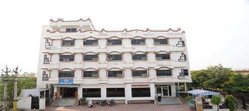 HotelOm Hotel