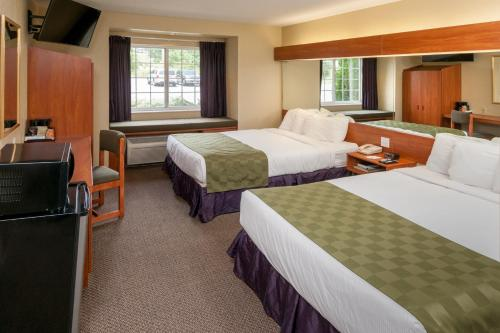 Microtel Inn & Suites Beckley East Photo