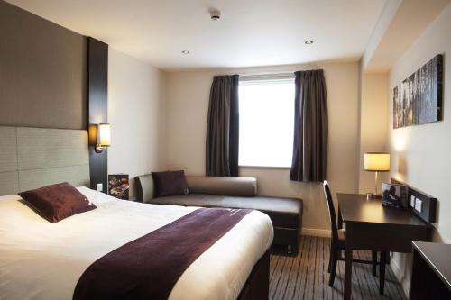 Premier Inn London Edgware photo 8