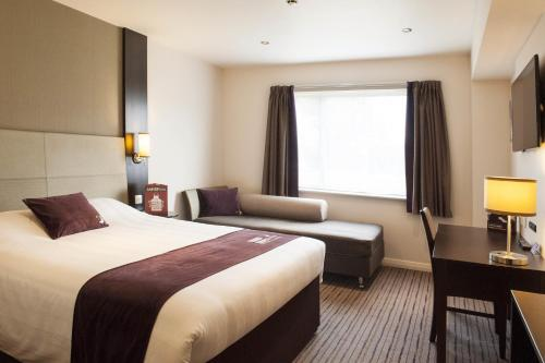 Premier Inn London Edgware photo 10