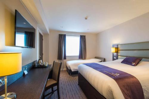 Premier Inn London Edgware photo 11