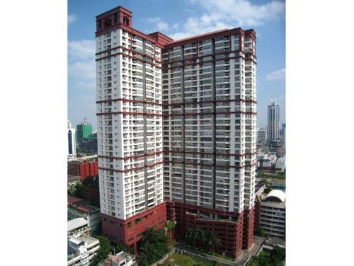 Pathumwan Resort Apartment by May photo 13