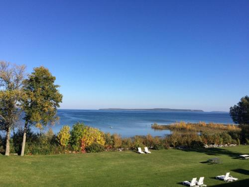 Baymont By Wyndham St. Ignace Lakefront