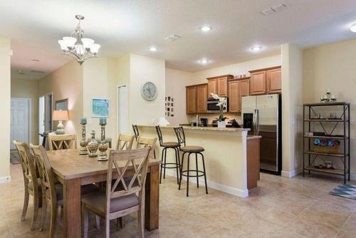 Bismarck Apartment - Kissimmee, FL 34743