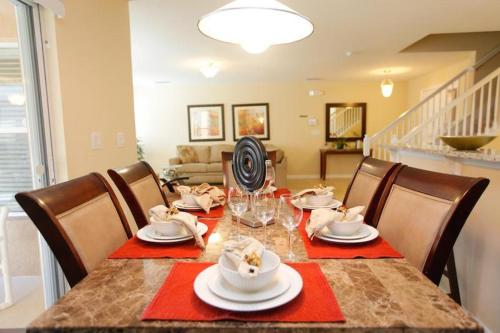Santosh Holiday Home 2686 - Kissimmee, FL 34746