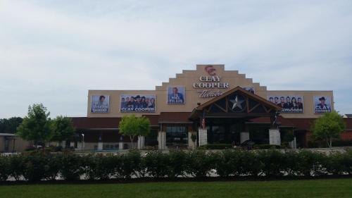 Multi Resorts at Branson Photo