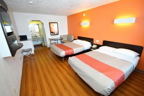 Motel 6 Lafayette - Lafayette, IN 47905